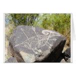 Petroglifo grande de las ovejas del cuerno felicitacion