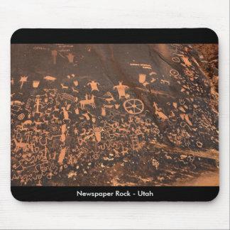 Petroglifos de la roca del periódico - Utah Tapetes De Ratón