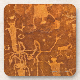 Petroglifos del nativo americano, el panel de posavasos de bebida