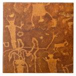 Petroglifos del nativo americano, el panel de Roch Teja Cerámica