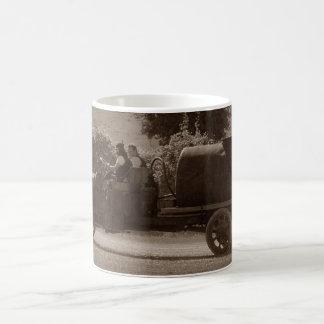 Petrolero americano justo del agua del vintage del taza clásica