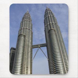 Petronas se eleva kilolitro tapete de raton
