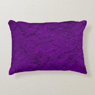Petunias esculpidas, almohada púrpura del acento cojín