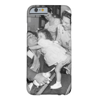Pfc. Lee Harper, who was wounded_War Image Barely There iPhone 6 Case