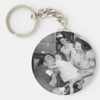 Pfc. Lee Harper, who was wounded_War Image Keychain