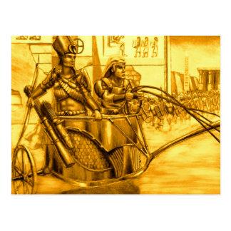 Pharaoh egipcio en su carro postales