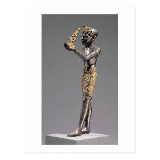 Pharaoh que hace un ofrecimiento antes de la diosa postales