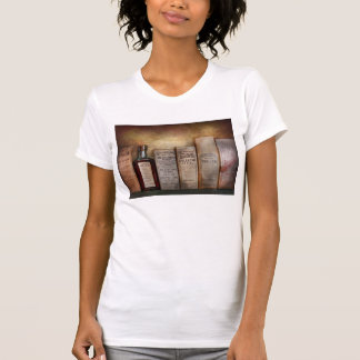 Pharmacy - I'm in so much pain T-shirts