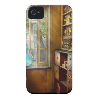 Pharmacy - The show globe iPhone 4 Cases
