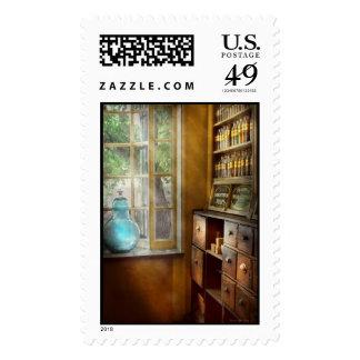 Pharmacy - The show globe Postage
