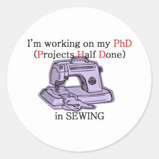 PhD de costura Pegatina Redonda