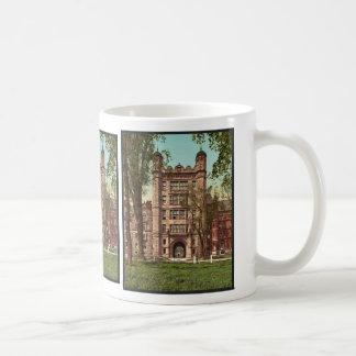 Phelps Hall and gateway, Yale College rare Photoch Classic White Coffee Mug