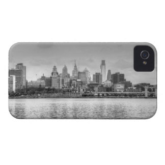 Philadelphia skyline in black and white iPhone 4 Case-Mate case
