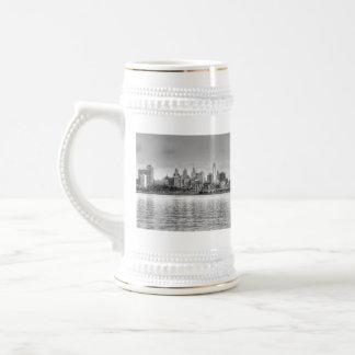 Philadelphia skyline in black and white mugs