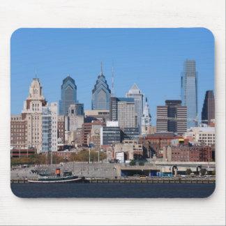 Philadelphia Skyline, Medium View Mousepads