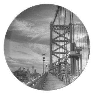 Philly del puente platos