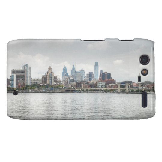 Philly skyline 2 droid RAZR case