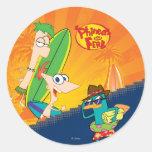 Phineas, Ferb y resaca del agente P Pegatina Redonda