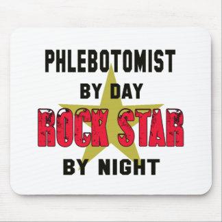 Phlebotomist por el día rockstar por noche alfombrillas de ratón