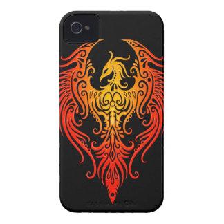Phoenix tribal adornada iPhone 4 Case-Mate fundas