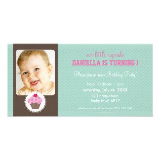 PHOTO BIRTHDAY PARTY INVITE :: cupcake 1L Photo Card