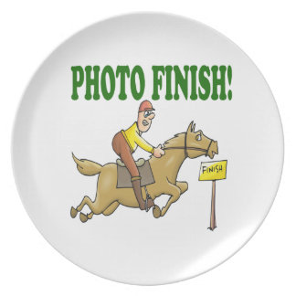 Photo Finish 2 Party Plate