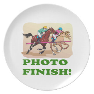 Photo Finish Party Plate