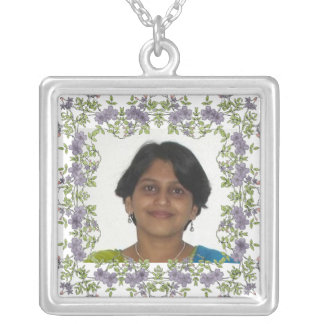 Photo Necklace - Floral square Frame