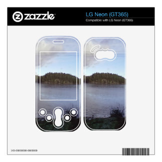 Photo of a Small Lake Skin For The LG Neon