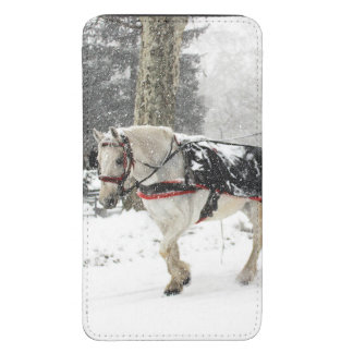 Photo of Horse and Buggy in Central Park Winter Galaxy S5 Pouch