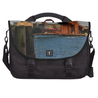 Photo of the Brooklyn Bridge in New York City Laptop Commuter Bag