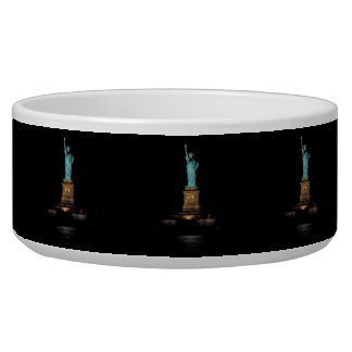 Photo of the Statue of Liberty in NYC Pet Bowl