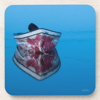 Photo passe-partout mounting of a boat on water drink coaster