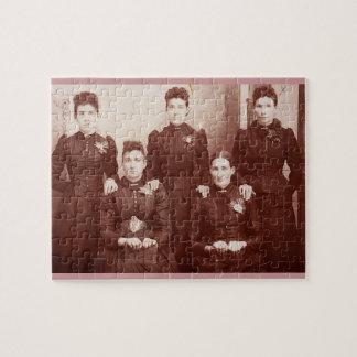 Photo Puzzle with Vintage Theme