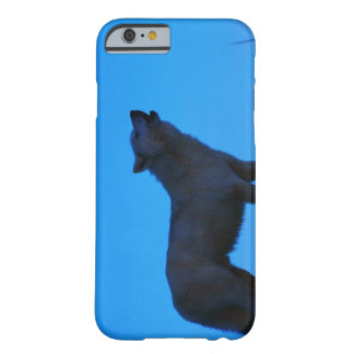 Photo, white wolf howling at night, Color, High Barely There iPhone 6 Case