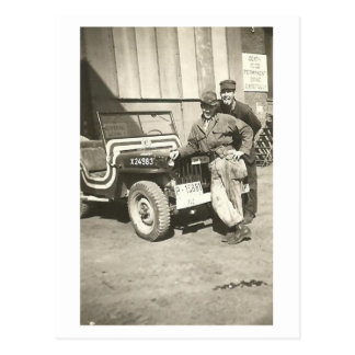 PHOTOBOMB! Vintage 1940's Photo Postcard