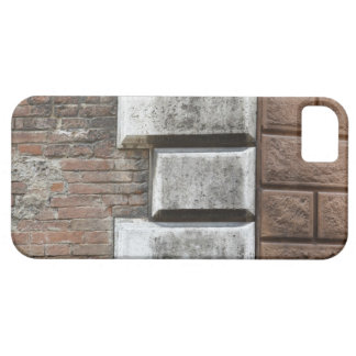 Photograph of an old brick wall in Siena Italy. iPhone SE/5/5s Case