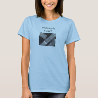 Photography is life T-Shirt