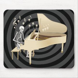 Pianista esquelético alfombrillas de ratón