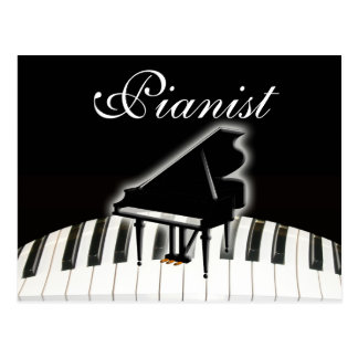 Pianista y teclado postales