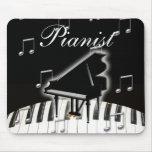 Pianista y teclado tapetes de ratones
