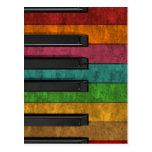 Piano antiguo colorido fresco del efecto del grung postal