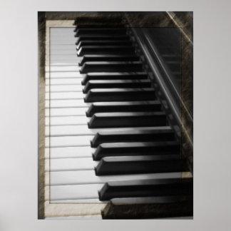 Piano antiguo del estilo póster