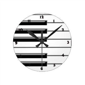 Piano Black and White Round Clock