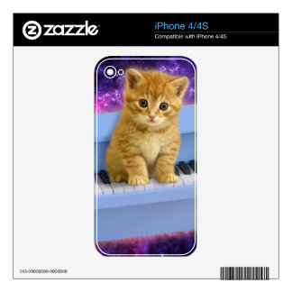 Piano cat skins for the iPhone 4