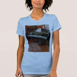 Piano con partitura tee shirts