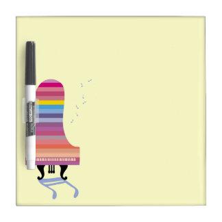 Piano de cola colorido