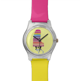 Piano de cola colorido reloj