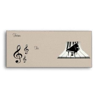 Piano de cola del G-Clef y sobre del teclado