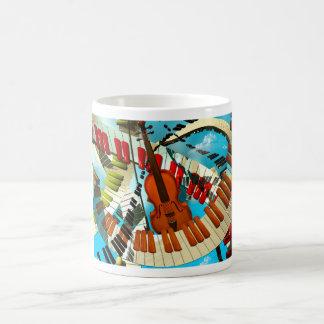 Piano de las pinturas de la música, guitarra eléct taza de café